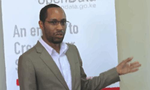 Reuben Cummings giving a talk on open data